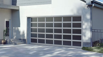 Modern Garage Door in Nampa, Idaho